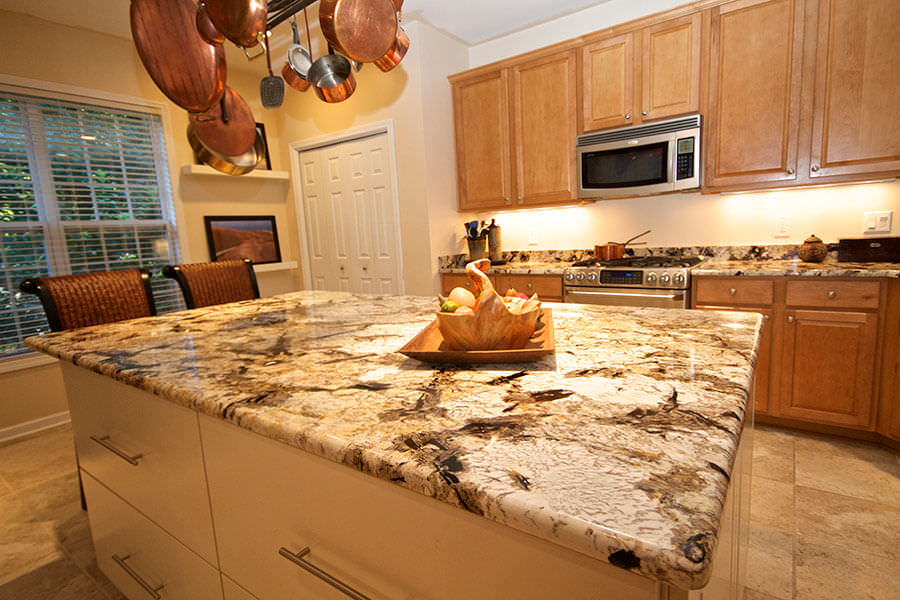 Lightweight Countertop Materials : Patagonia White Granite 17578 International Granite & Stone