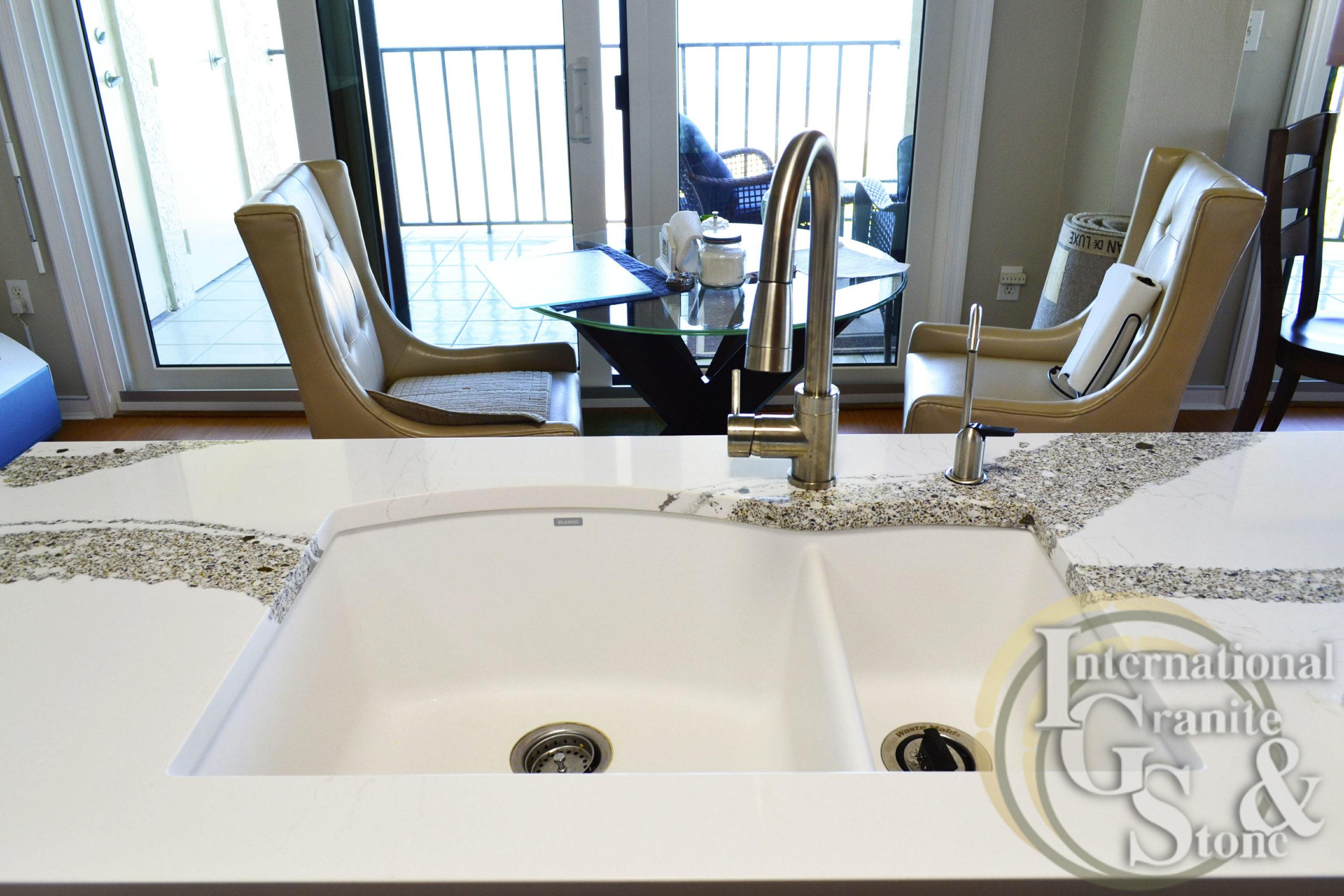 Double White Sink with Quartz