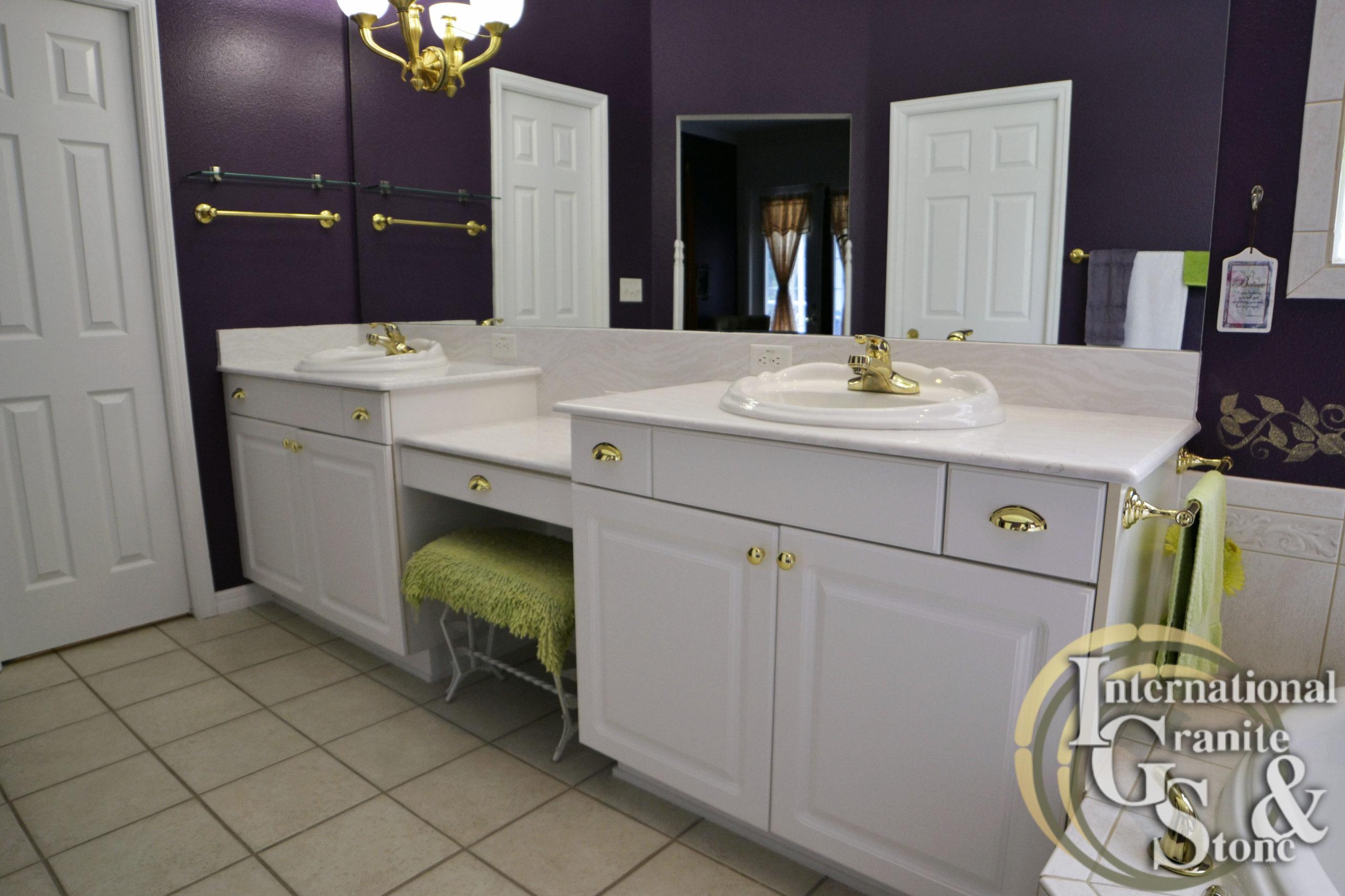 Double Bathroom Countertop Vanity with Delgatie