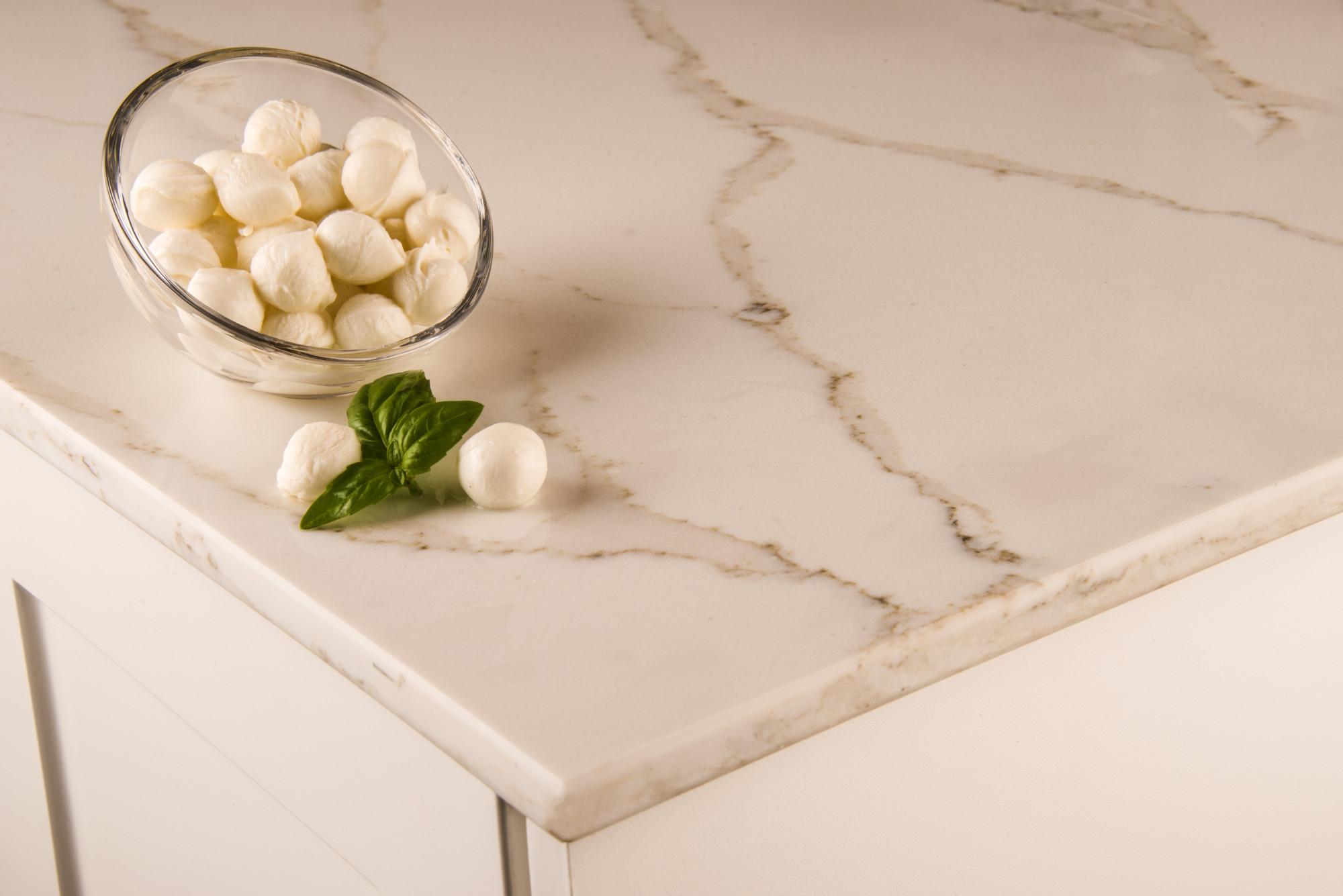10 Gorgeous Quartz Kitchen Countertop Ideas to Take Inspiration from