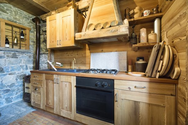 Radically Rustic: How to Give Your Kitchen Countertops a Rustic Look