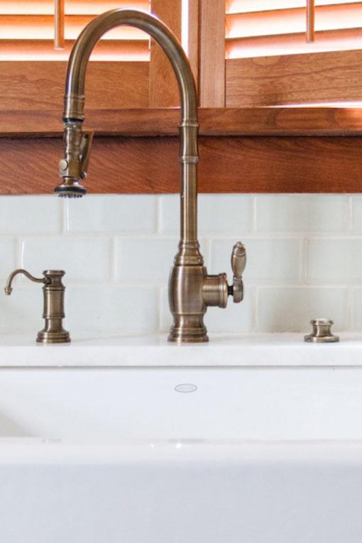 White Undermount Sink