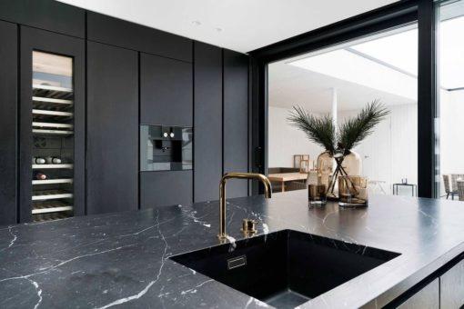 Nero Venato Matble Kitchen1