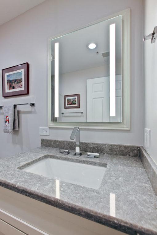 Ocean Jasper SIlestone Quartz Bathroom