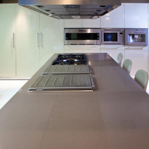 Unsui Silestone Quartz Kitchen