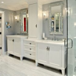 Yukon Blanco Silestone Quartz Bathroom
